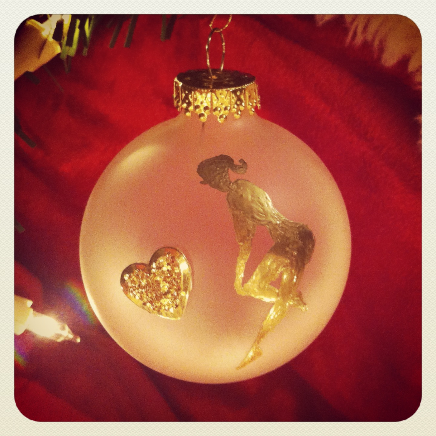 Pin-up Ornament: OOAK Heart of Gold